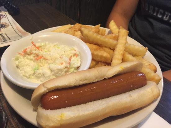 Hoopeston, IL: Hot dog basket