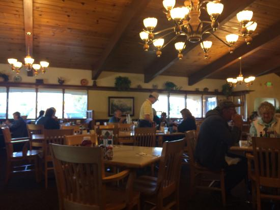 Elmer's Restaurant - Salem: photo0.jpg