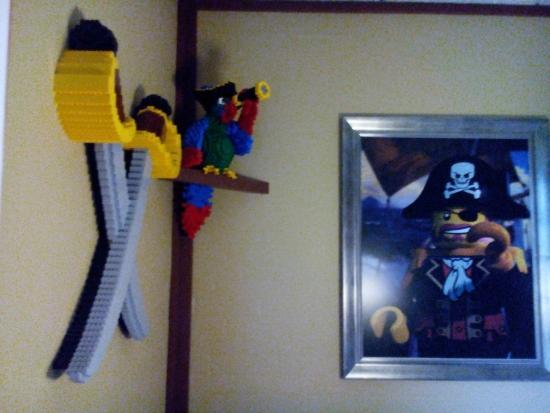Legoland Billund: Pirates' Inn