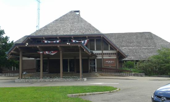 Hocking Hills Dining Lodge Outside Front View