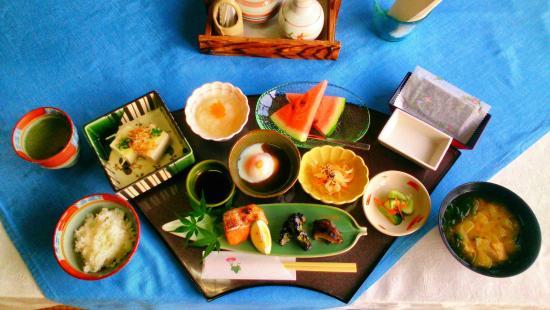 Chikuden Saryo: 朝食