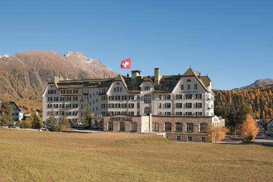 Cresta Palace Hotel: Aussenansicht Herbst
