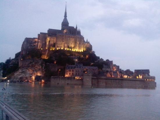 Le Relais de la Hardiesse : Le Mont Saint Michel grandes marées de nuit