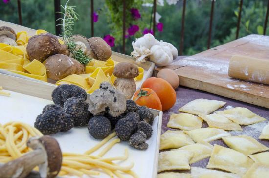 Montespertoli, إيطاليا: Prodotti freschi e di qualità