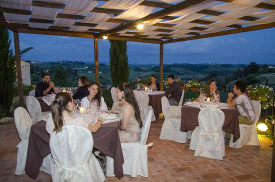 Montespertoli, إيطاليا: Elegante e romantico