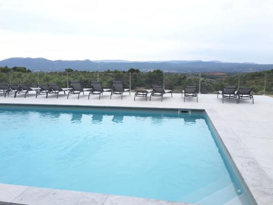 La piscine fotograf a de le relais de saint ser - Le relais de saint ser ...