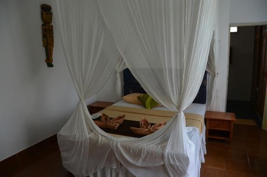 Prima Cottage: внутри комната