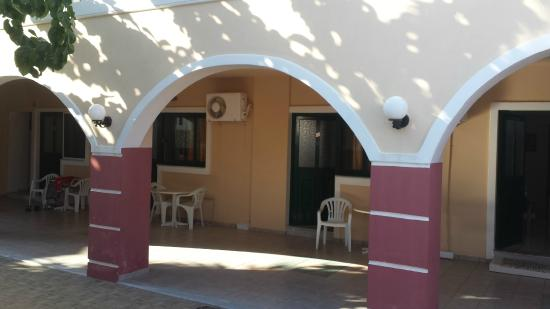 Hotel Apartments Gramvoussa Bay: Ingresso apprtamento n° 32