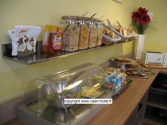 Hotel du Havre : Le buffet du petit déjeuner