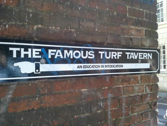 The Turf Tavern: L'originalità