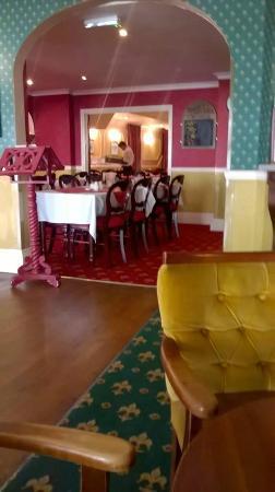Devon Bay Hotel: Restaurant