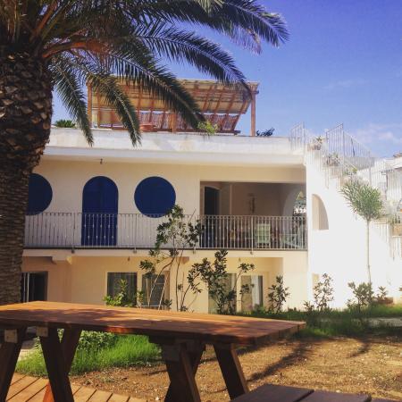 Villa Bruno: Vista Villa dal giardino