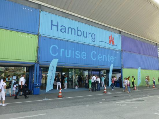 ‪Hamburg Cruise Center‬