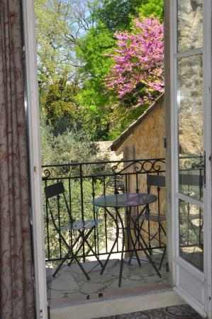 Noves, Γαλλία: Petit Moulin : second terrace for apperitive or relaxation