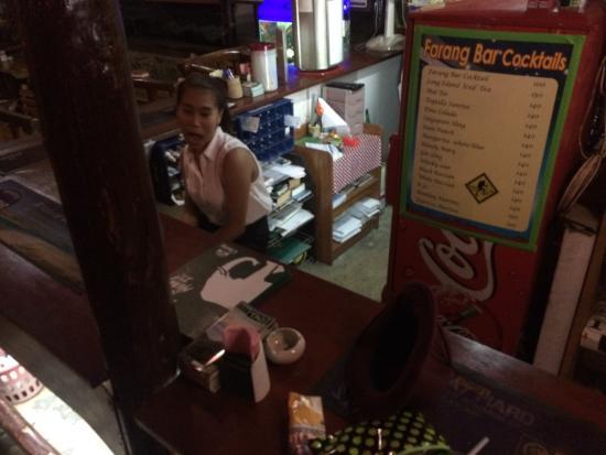 Farang Bar: photo0.jpg