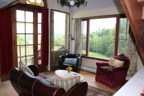 Indian Valley, VA: Our living room.