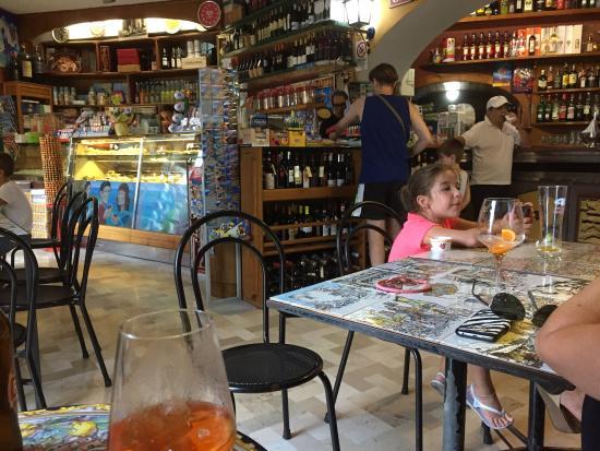 Bar Internazionale: photo4.jpg