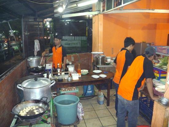 Warung Cak Sule: Cakk Sule