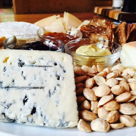 Chestertown, MD: Cheese Board