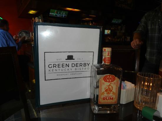 Green Derby Kentucky Bistro: Pub section