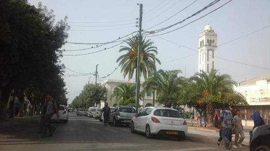 Rouiba, Algerien: Moschea vicino hotel Sweet