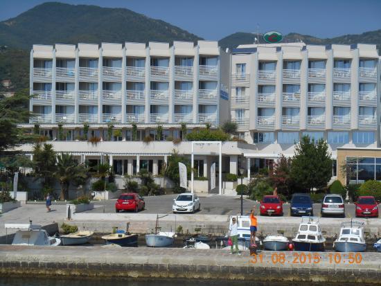 mer transparente picture of hotel delfin bijela On hotel transparente