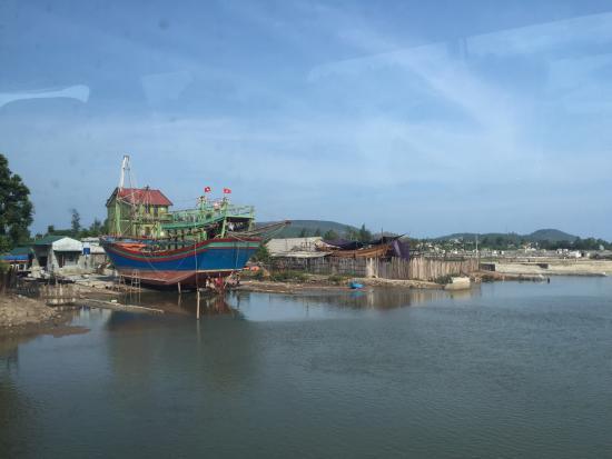 Nghe An Province, Vietnam: Quỳnh Nghĩa Beach