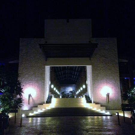 Dreams Riviera Cancun Resort & Spa: View of Rear Lobby Area at Night