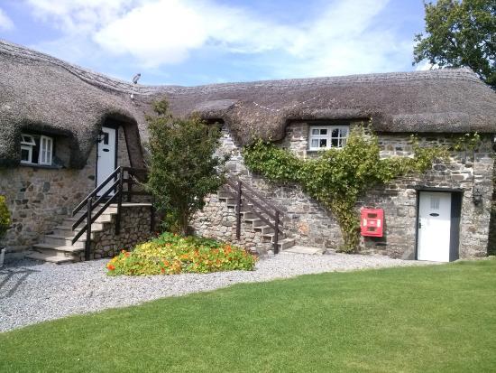 Bearslake Inn: The Inn
