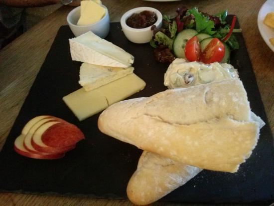 Bearslake Inn: Cheeseboard
