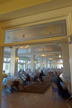 Lake Yellowstone Hotel Dining Room: Entrance To The Dining Room