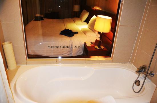 Yuyang Hotel: Il bagno