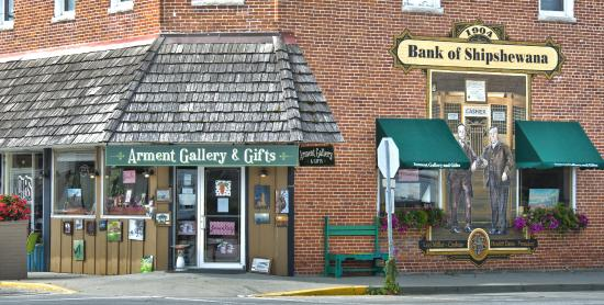 Shipshewana, IN: Arment Gallery and Gifts Exterior