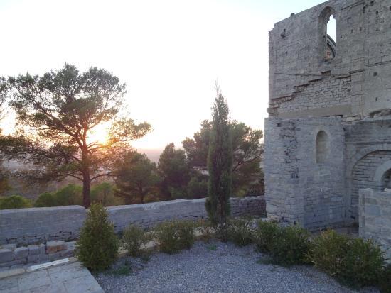 Abbaye Saint-Felix-de-Montceau: Abbaye Saint-Félix-de-Montceau, Gigean (Hérault), France.