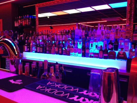 Pertegada, Italy: Il fornitissimo bar