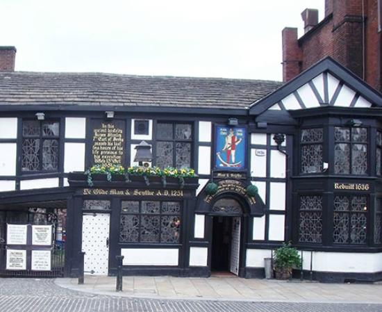 Bolton, UK: Old Pub