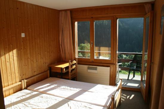 Ayer, Schweiz: Chambre avec terrasse vue vallée