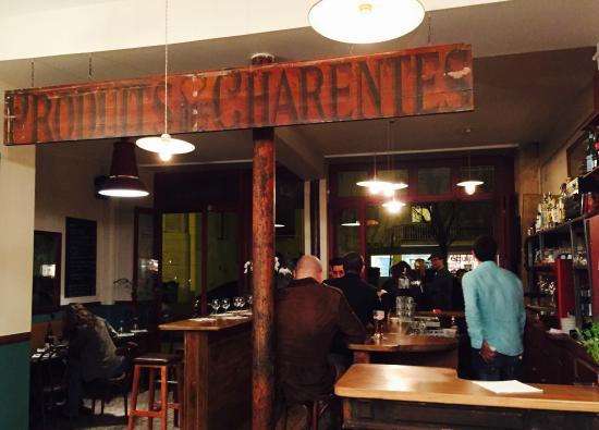 quartier rouge paris belleville p re lachaise restaurant reviews phone number photos. Black Bedroom Furniture Sets. Home Design Ideas