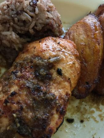 Back A Yard Caribbean American Grill: photo2.jpg