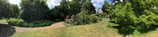 Fontwell, UK: One of many panoramic views