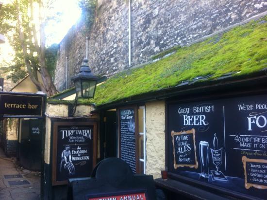 The Turf Tavern: таверна