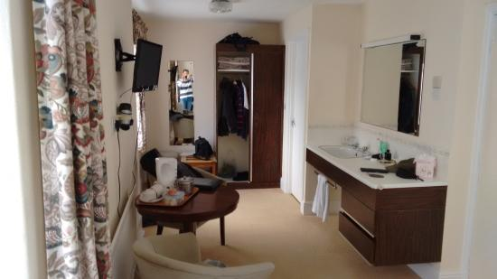 The Bath Hotel: Room7