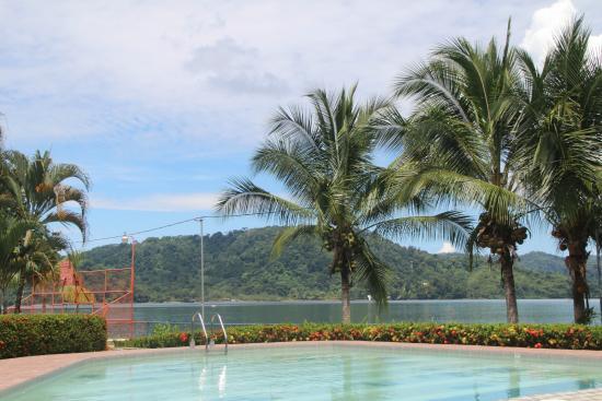 Hotel y Restaurant Samoa del Sur: La Piscina de niños! Super Grande