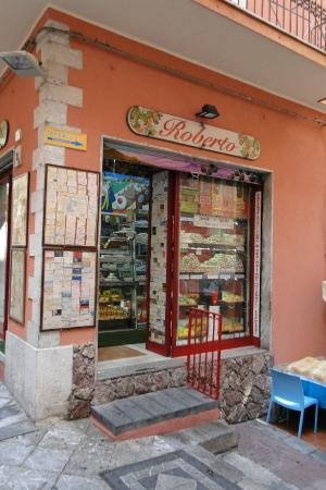 Laboratorio Pasticceria Roberto: fachada