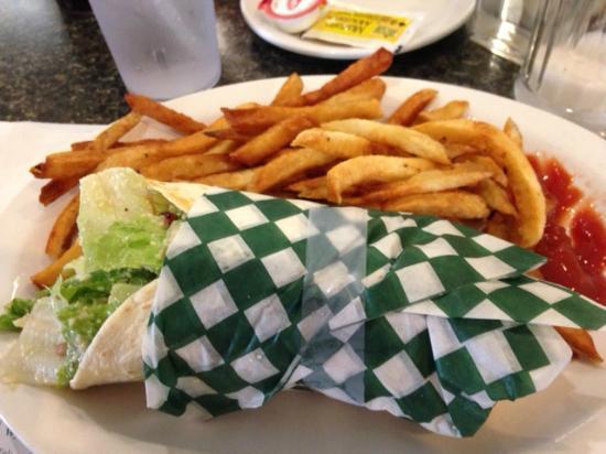 Sackville, Canada: Chicken Cesar Wrap
