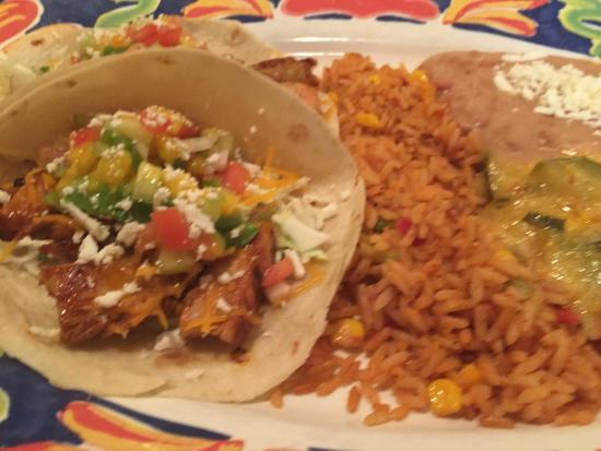 La Olla Mexican Cafe: Chipotle_Magngo Chutney Chicken Soft Tacos