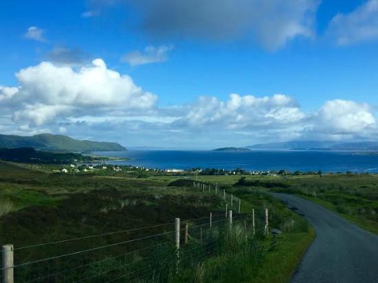 Skye Shepherd Huts: Drive to hut