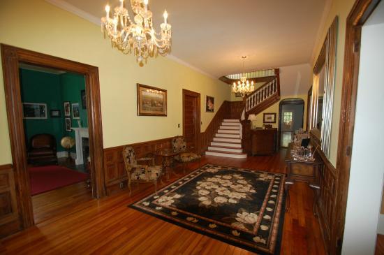 Chester, Carolina del Sur: The entrance hallway of An Inn on York Street