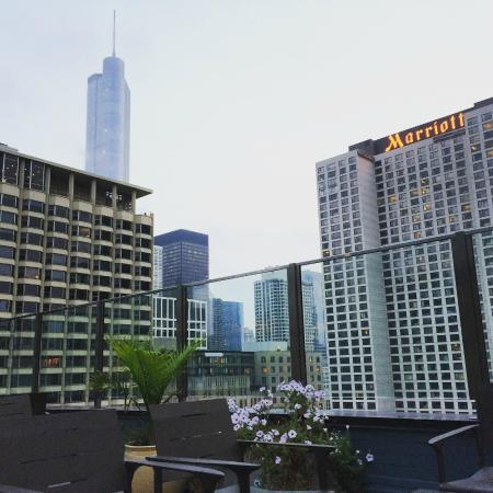 Inn of Chicago: 22nd floor! don't miss it