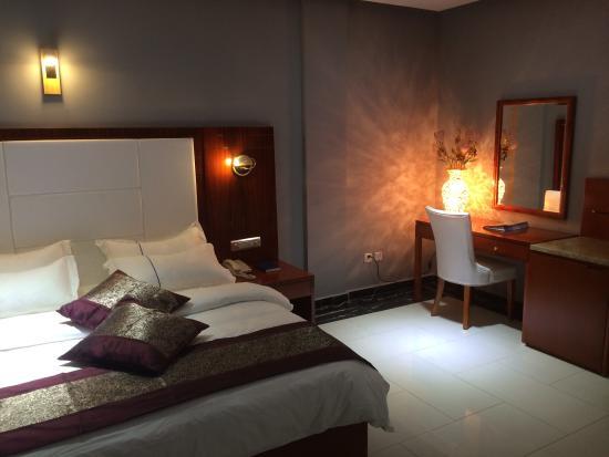 Chambre de luxe picture of sun beach hotel cotonou for Chambre de luxe hotel